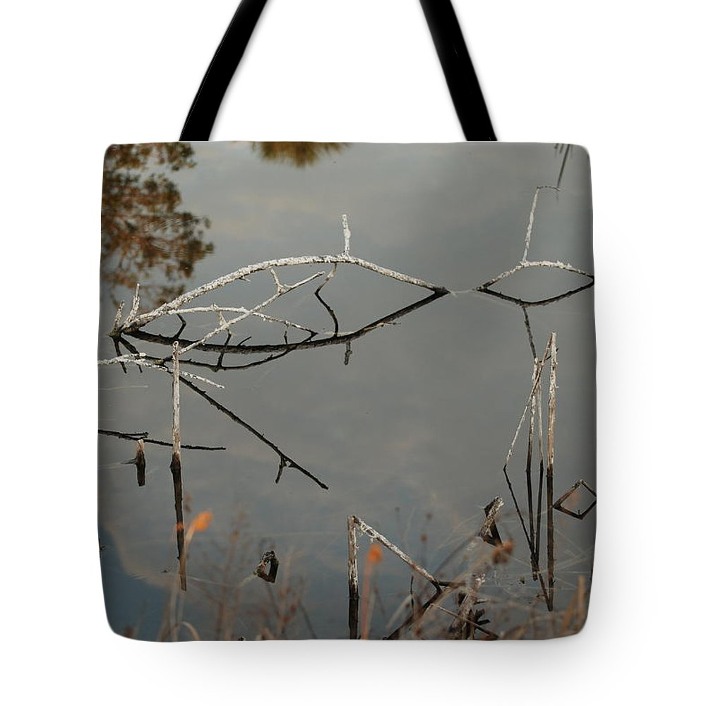 Pink Tote Bag featuring the photograph Rosey Bridge by Rob Hans