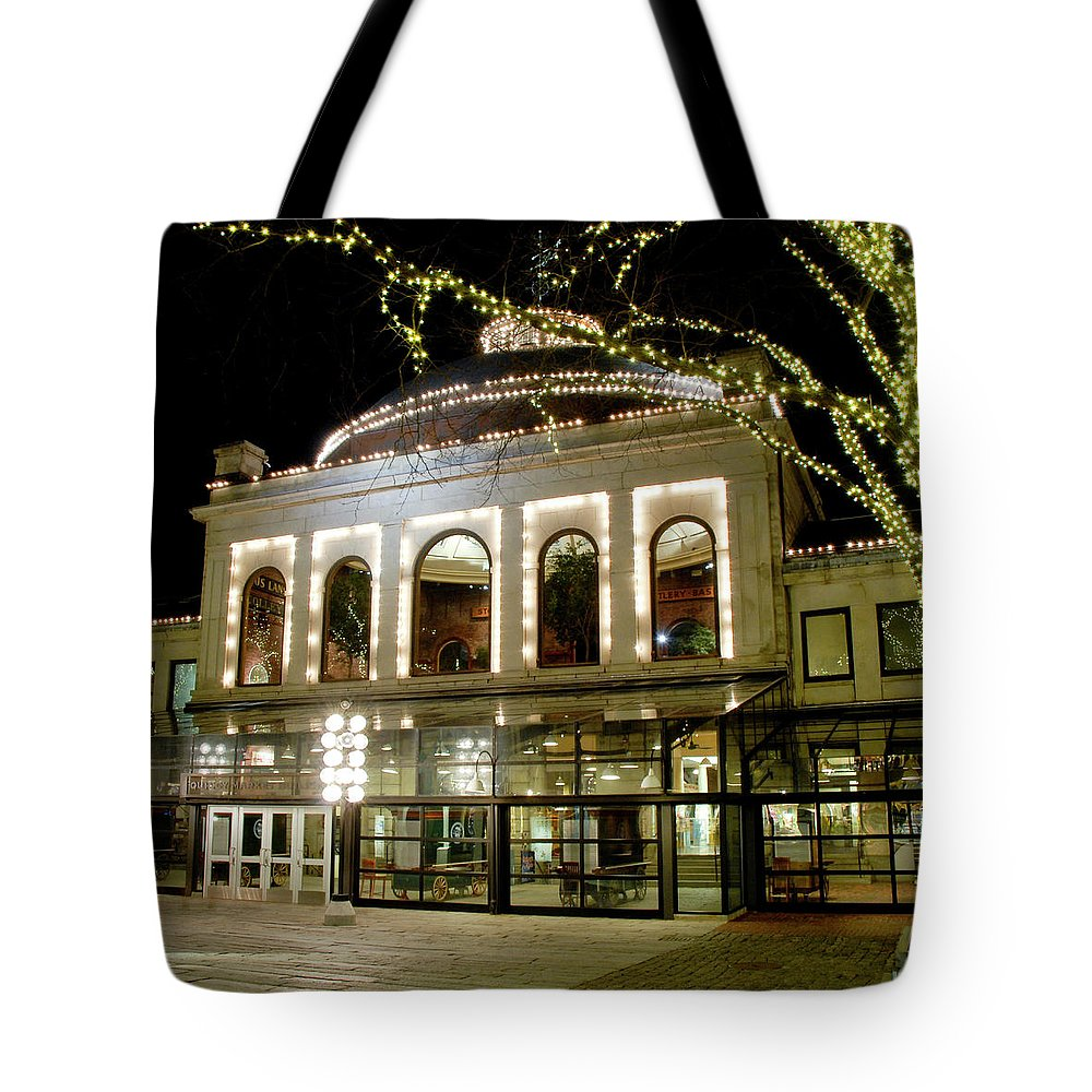 Boston Tote Bag featuring the photograph Rotunda - Quincy Market by Greg Fortier