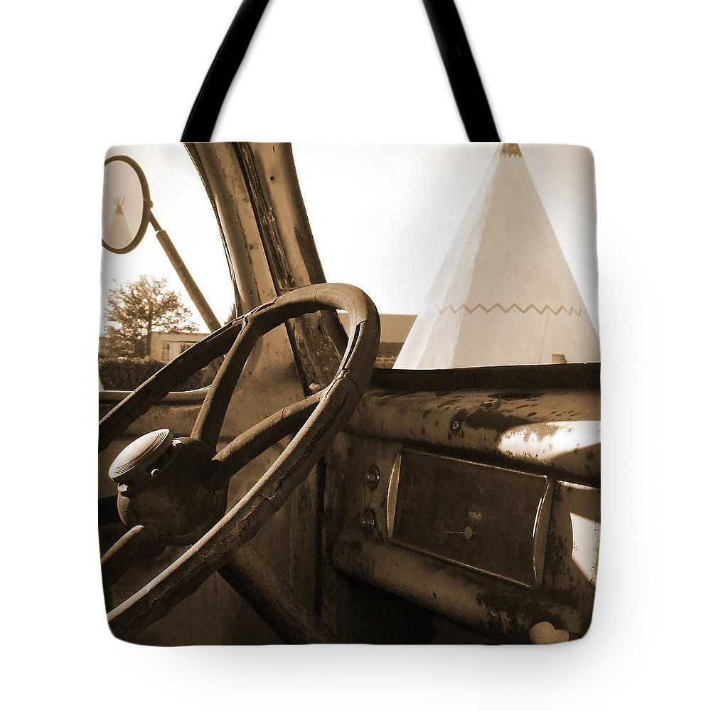 Tee Pee Tote Bag featuring the photograph Route 66 - Parking At The Wigwam by Mike McGlothlen
