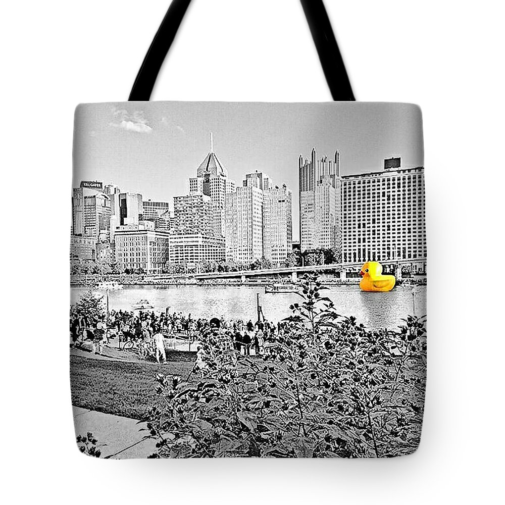 Cityscape Tote Bag featuring the photograph Rubber Duck - Pittsburgh, Pennsylvania by Thomas Krappweis