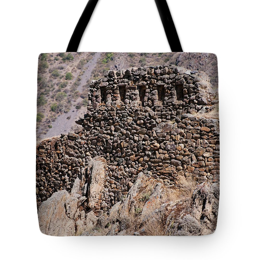 Ollantaytambo Site Tote Bag featuring the photograph Ruins At The Ollantaytambo Site by Bob Phillips