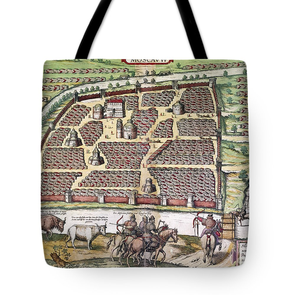 1591 Tote Bag featuring the photograph Russia: Moscow, 1591 by Granger