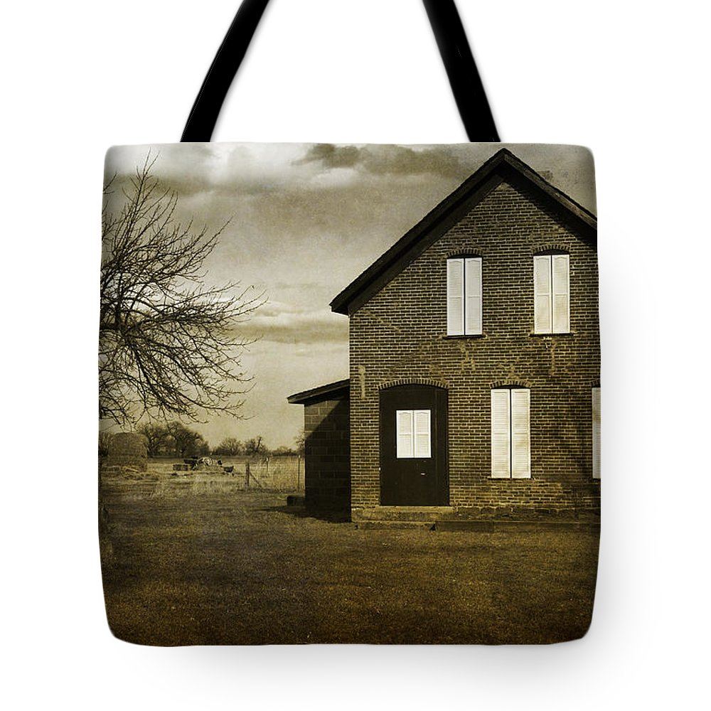 House Tote Bag featuring the photograph Rustic County Farm House by James BO Insogna