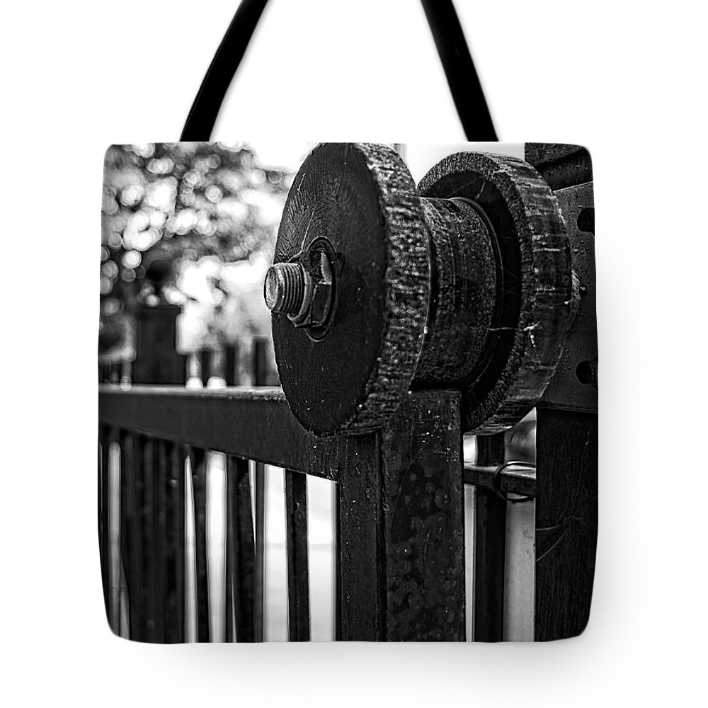 Winterpacht Tote Bag featuring the photograph Rusty Gate by Miguel Winterpacht