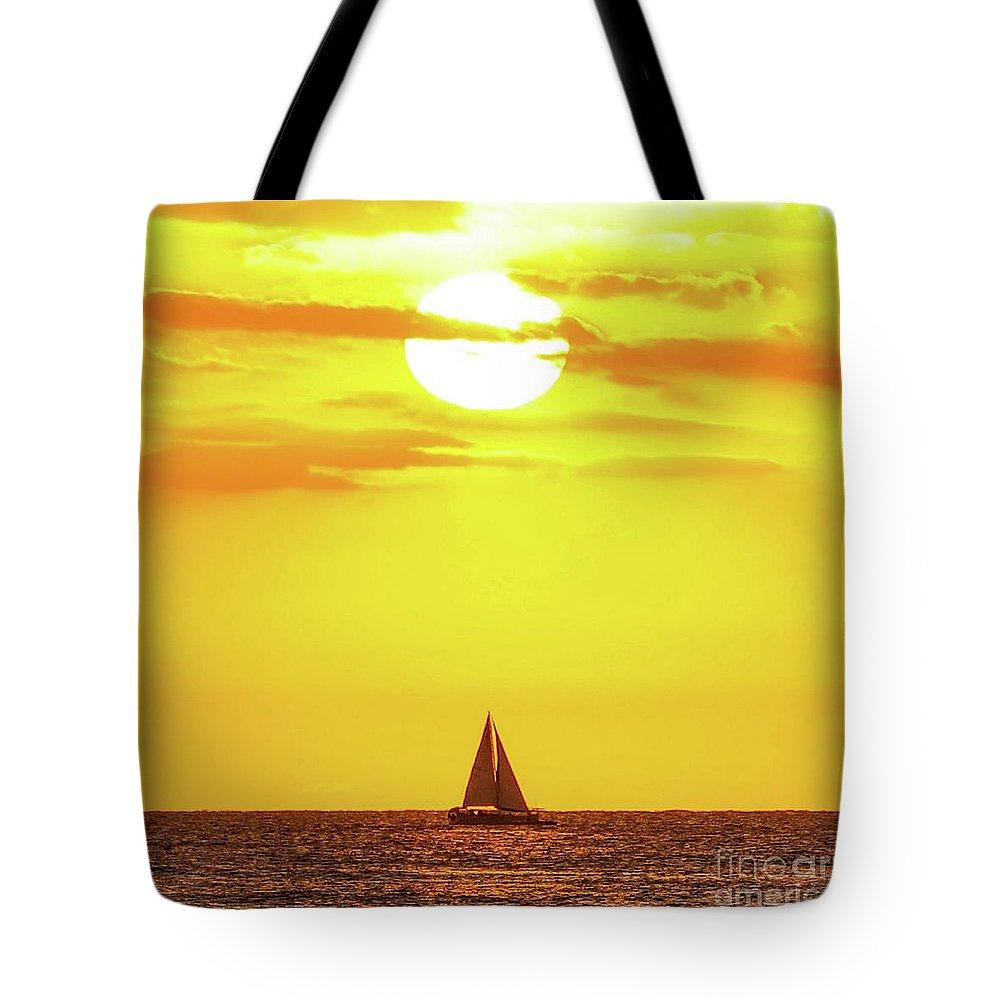 Sailboat Tote Bag featuring the photograph Sailing In Hawaiian Sunshine by D Davila