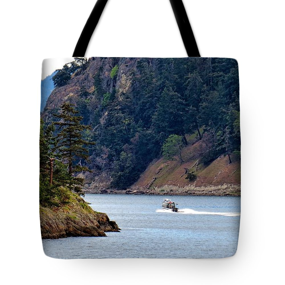 Ocean Tote Bag featuring the photograph Sailing The San Juans by Rick Lawler