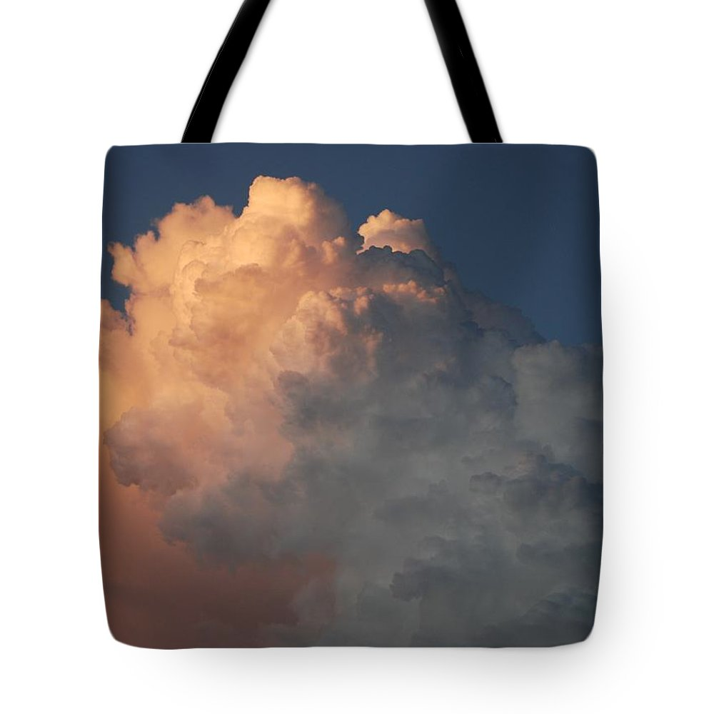 Clouds Tote Bag featuring the photograph Salmon Sky by Rob Hans