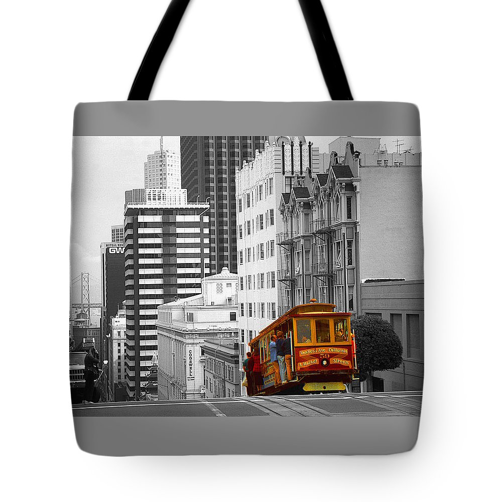 San+francisco Tote Bag featuring the photograph San Francisco - Red Cable Car by Peter Potter