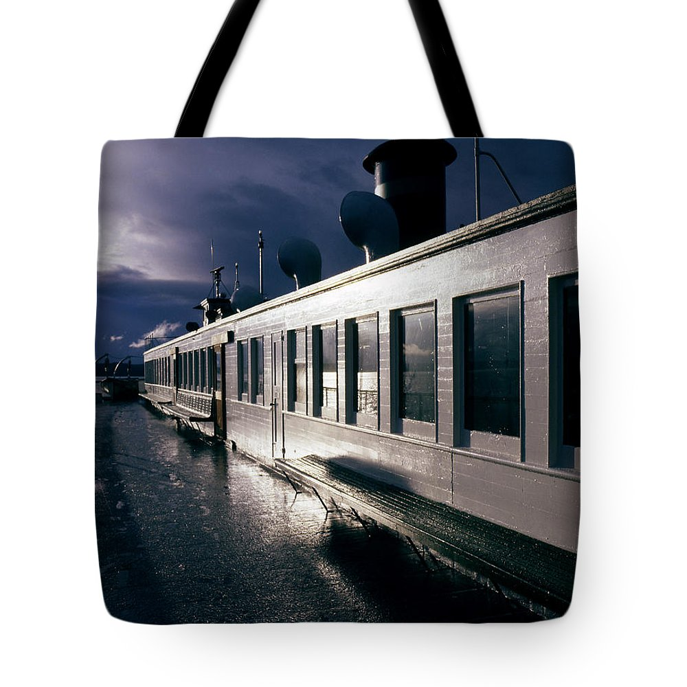 Scenic Tote Bag featuring the photograph San Juan Islands Ferry by Lee Santa