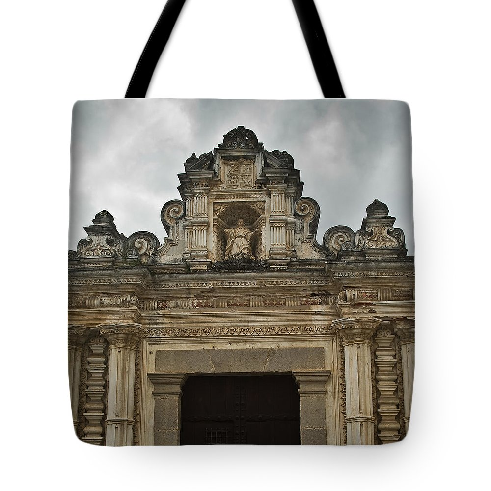 Santa Tote Bag featuring the photograph Santa Clara Antigua Guatemala Ruins by Douglas Barnett