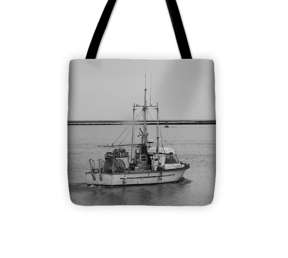 Fraser River Tote Bag featuring the photograph Saturday October 10 2015 by Darrell MacIver