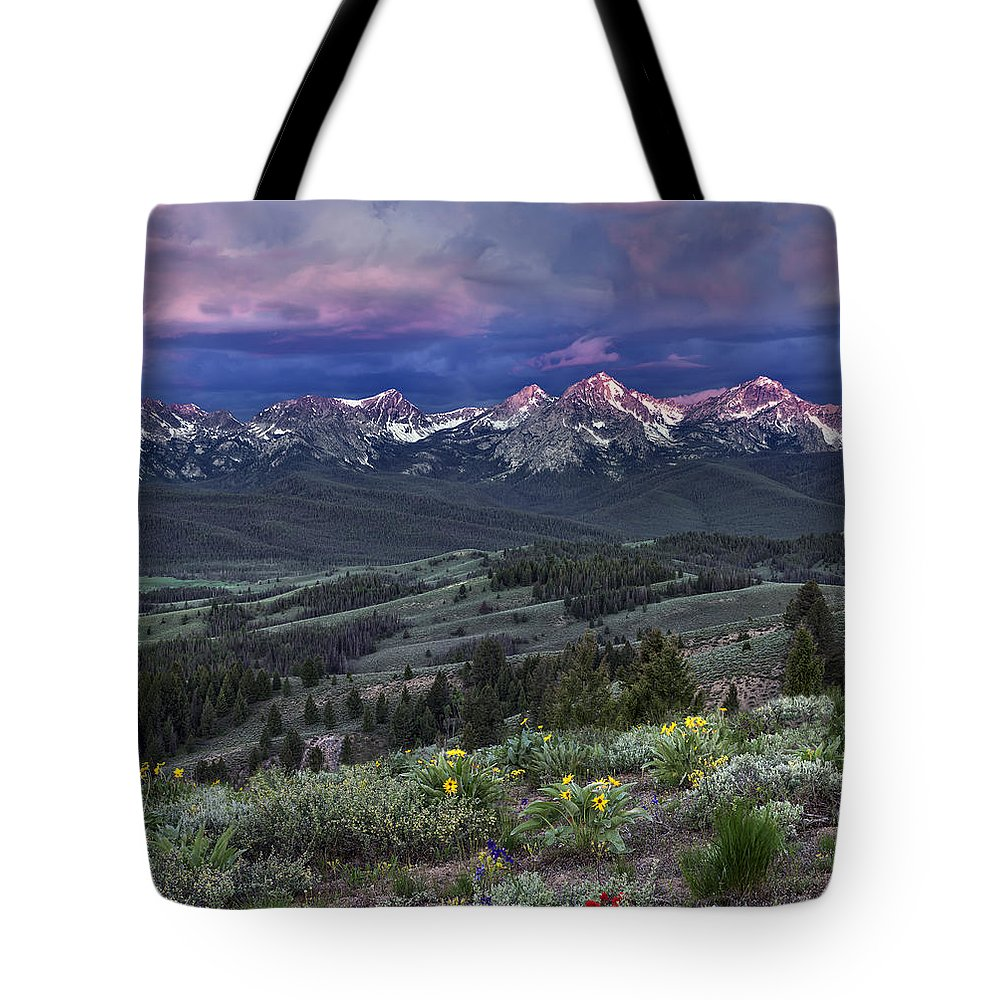 Beautiful Tote Bag featuring the photograph Sawtooth Sunrise by Leland D Howard