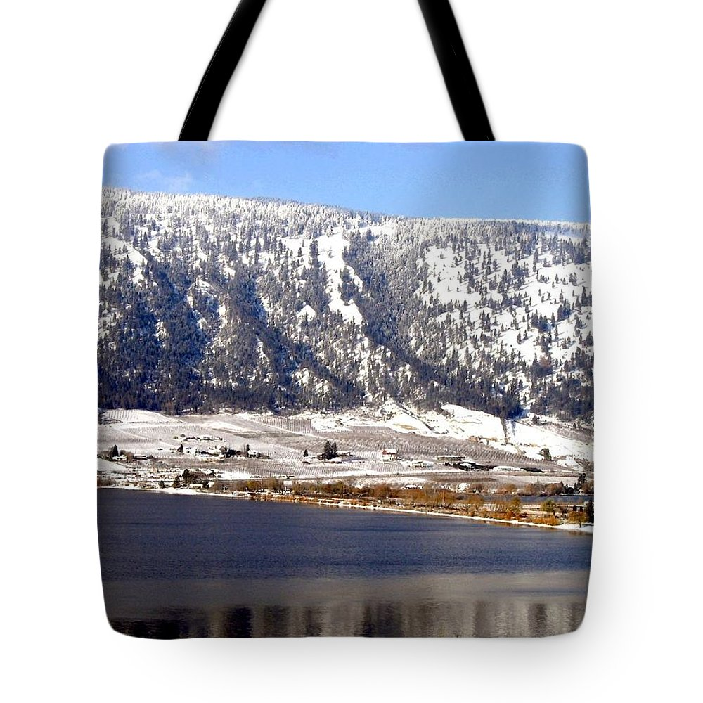 Oyama Tote Bag featuring the photograph Scenic Oyama by Will Borden