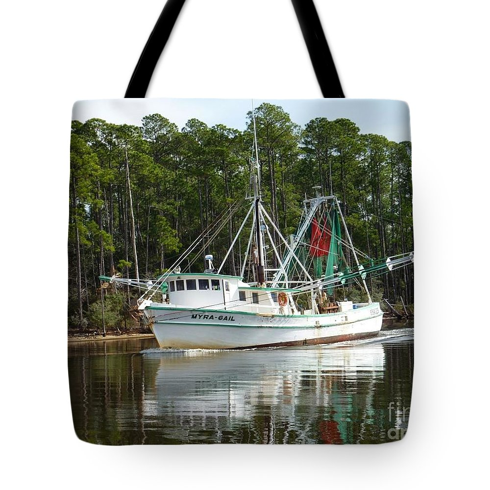 Schrimp Tote Bag featuring the photograph Schrimp Boat On Icw by Paul Lindner