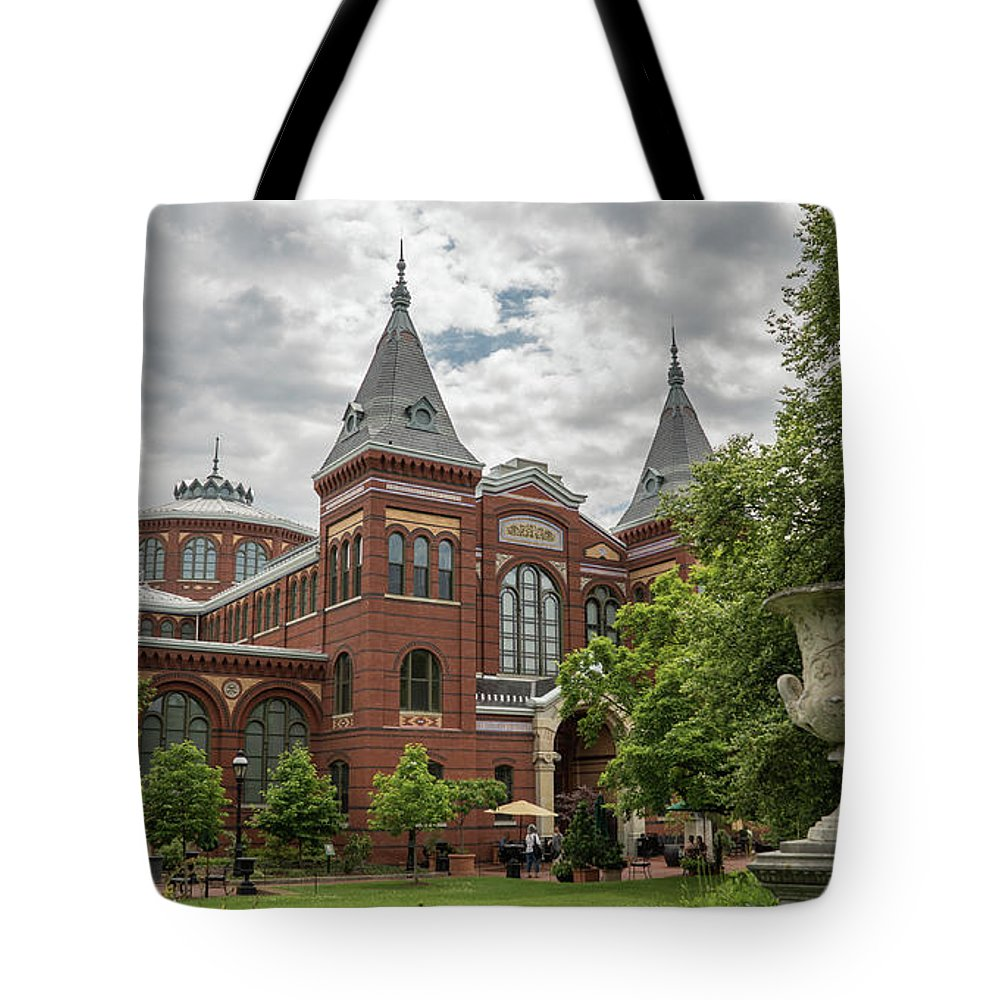 Tote Bag featuring the photograph Science And Arts Building by Jared Windler
