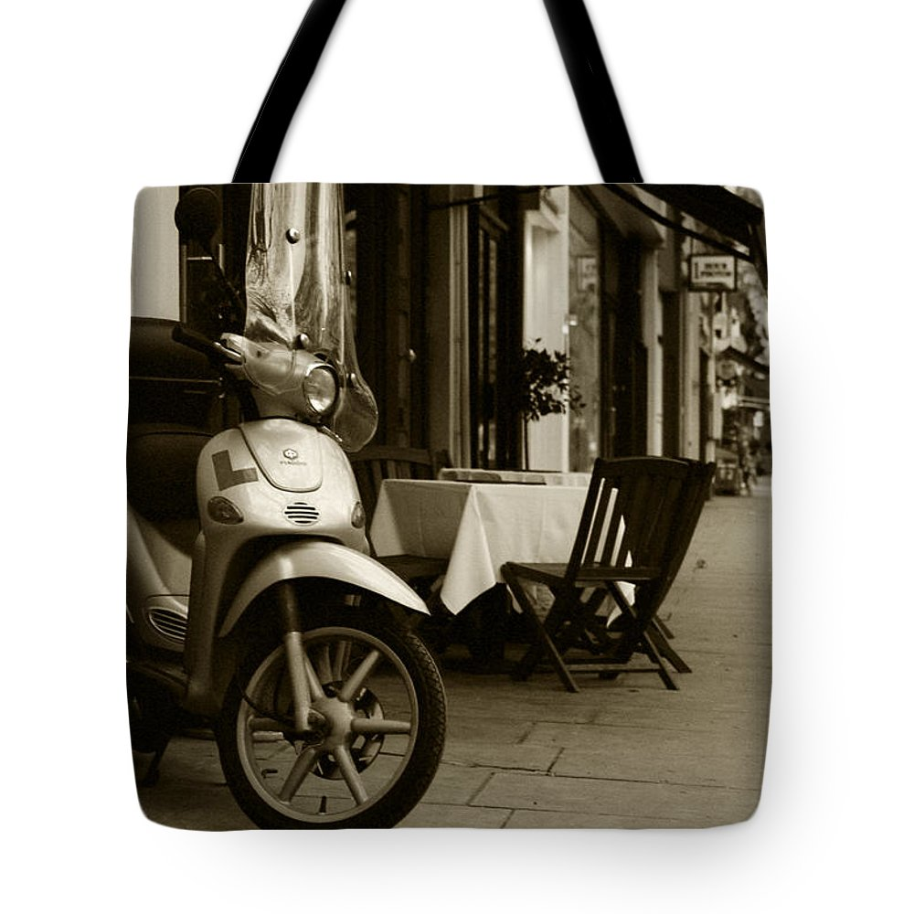 Scooter Tote Bag featuring the photograph Scooter Cafe by Ayesha Lakes