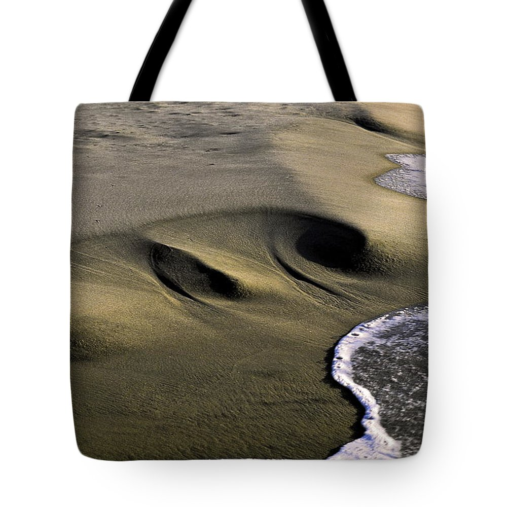 Gentle Wave Meets Sculpted Sand Tote Bag featuring the photograph Sculpted Beach by Sally Weigand