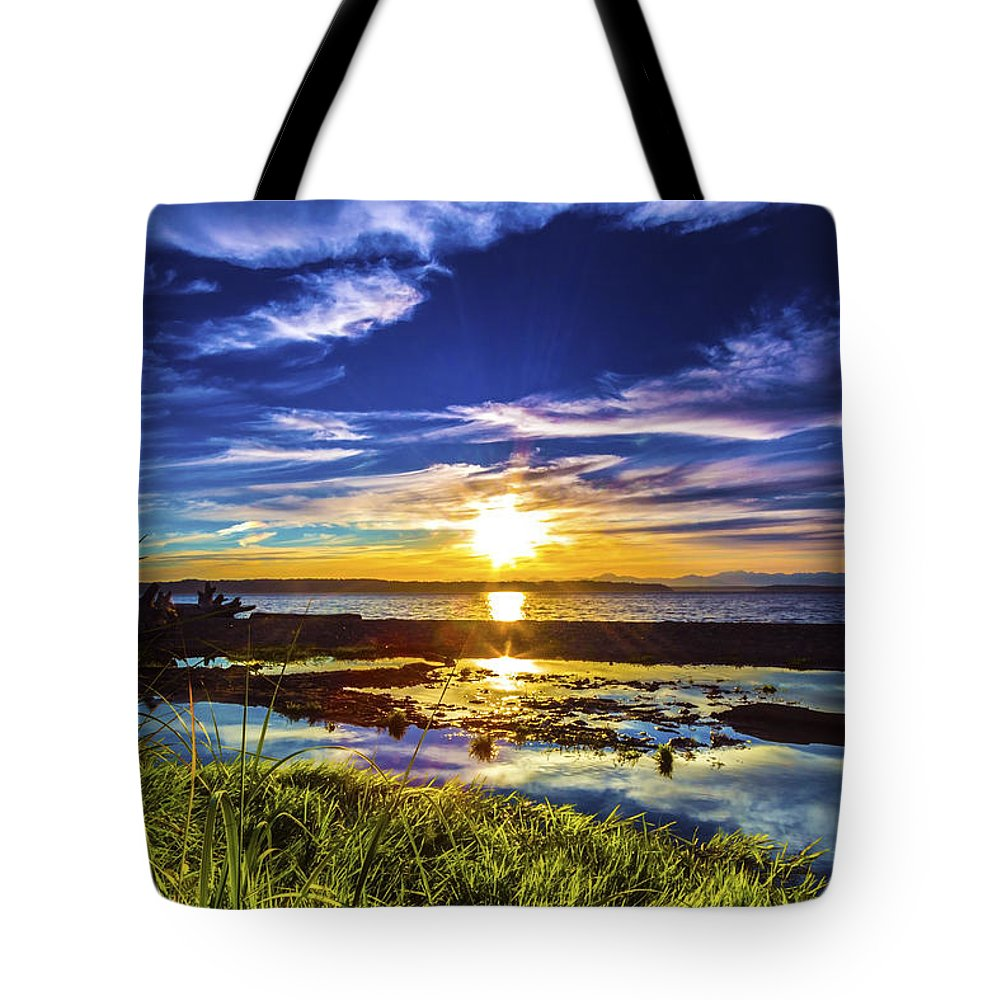 Sunset Tote Bag featuring the photograph Seahurst Sunset by Larry Waldon