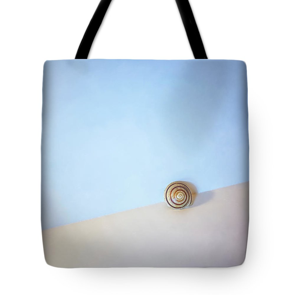Seashell Tote Bag featuring the photograph Seashell by the Seashore by Scott Norris