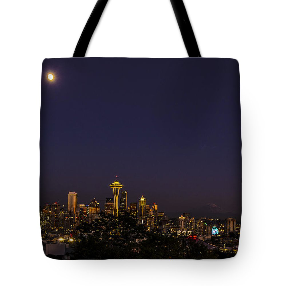 Seattle Skyline Seattle Wa Tote Bag featuring the photograph Seattle After Dak by Peter Giraudin