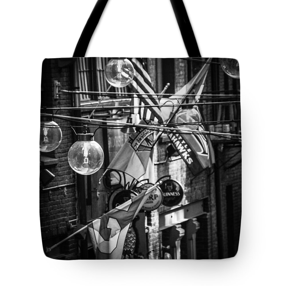 Tote Bag featuring the photograph Seattle Alley In Black And White by Kevin Mcenerney