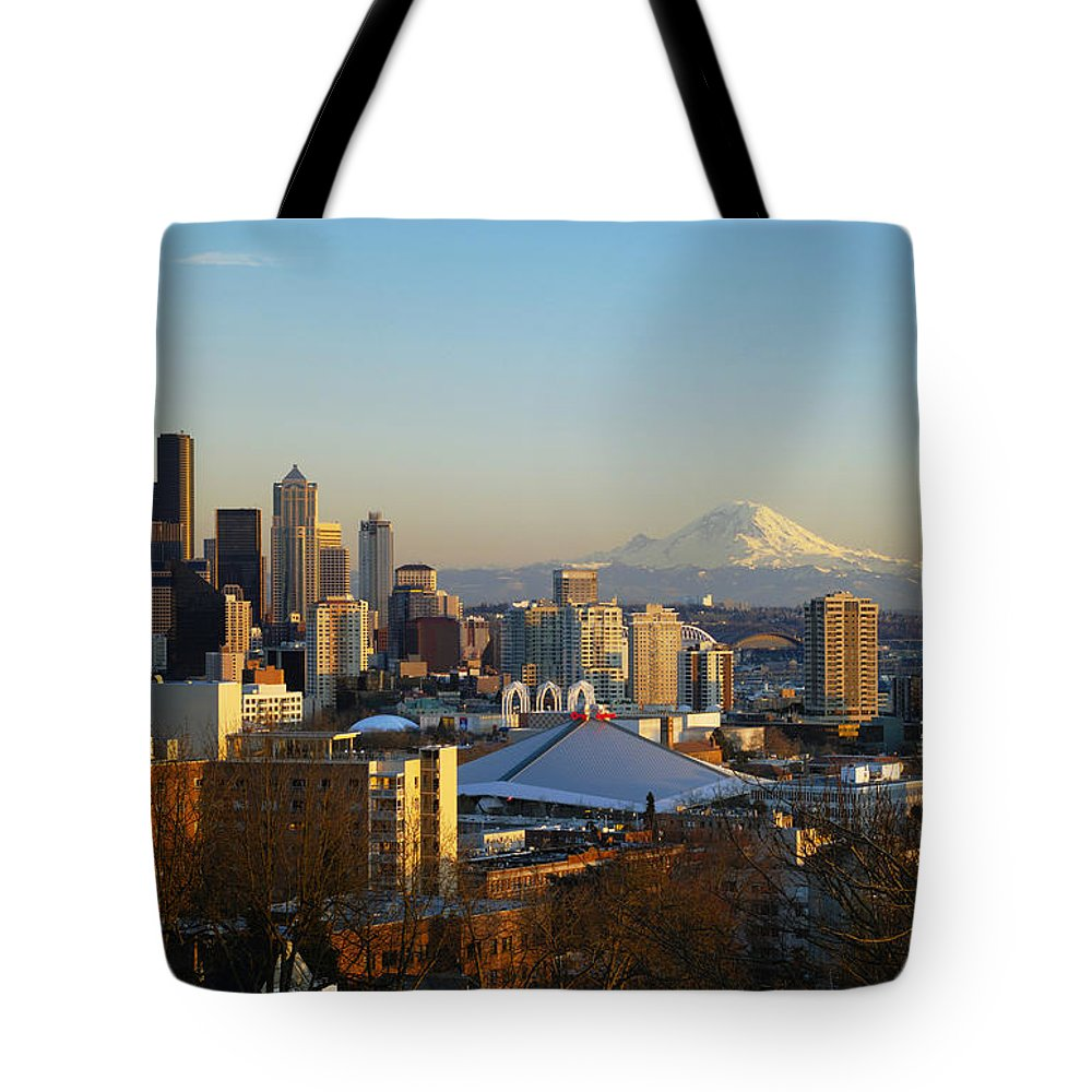 Afternoon Tote Bag featuring the photograph Seattle Cityscape by Greg Vaughn - Printscapes