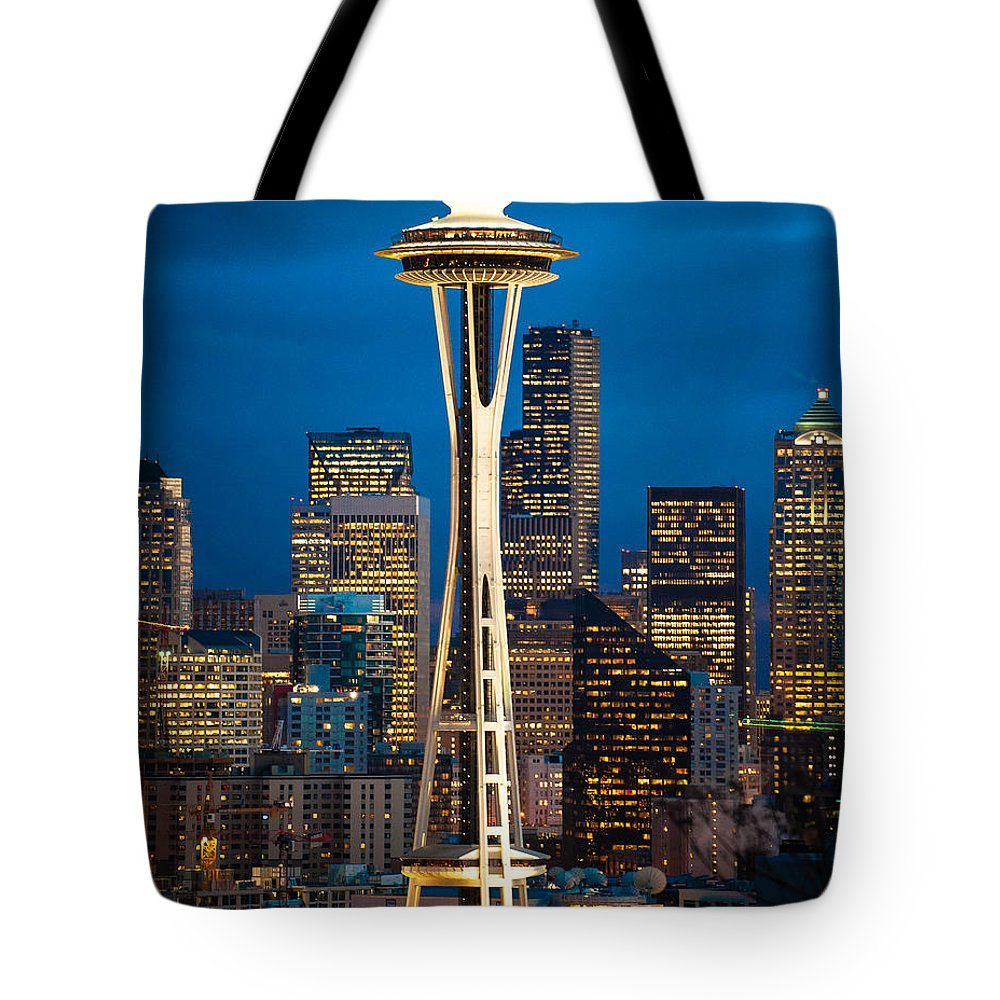 Seattle Space Needle Icon Downtown Northwest Attraction Tote Bag featuring the photograph Seattle Space Needle by Rick Takagi