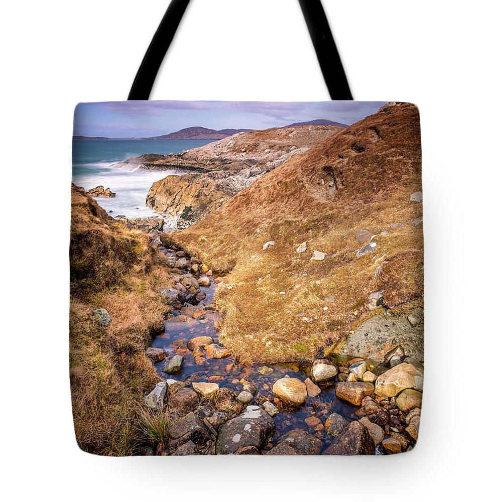 Scotland Tote Bag featuring the photograph Seaward by Neil Alexander