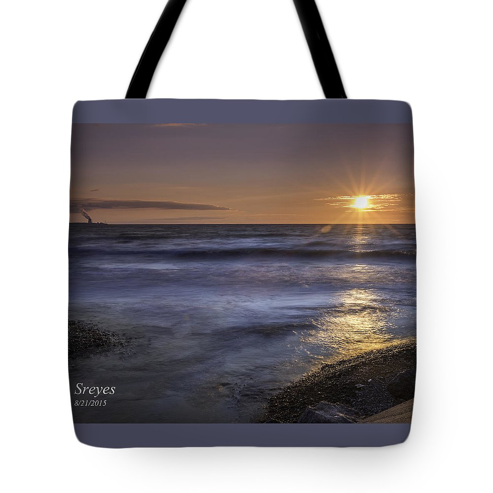 Lake Ontario Tote Bag featuring the photograph Selkirk Shores Sunset by Scott Reyes