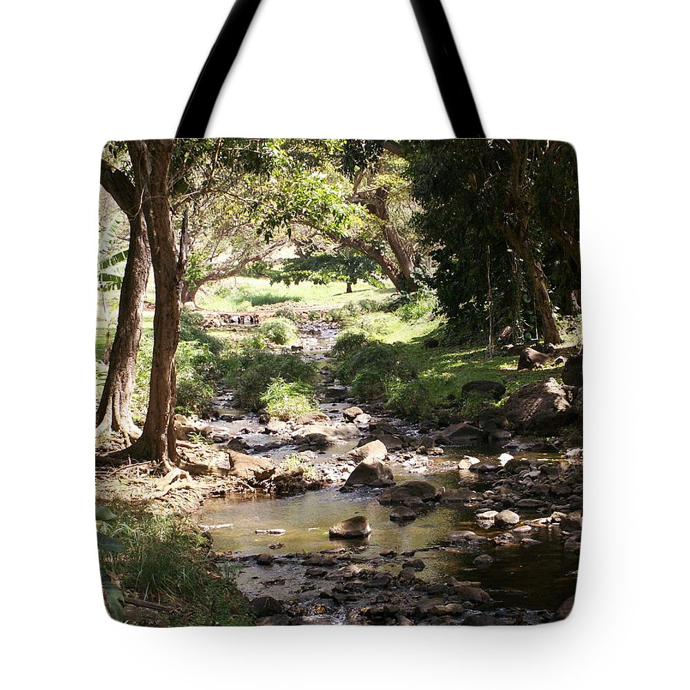 Kauai Tote Bag featuring the photograph Serenity by Amy Fose
