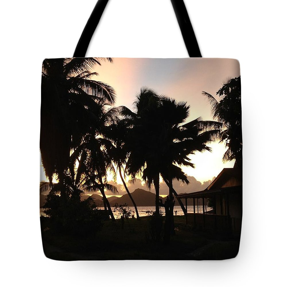 Sunset Tote Bag featuring the photograph Seychelles Sunset by Sabine Meisel