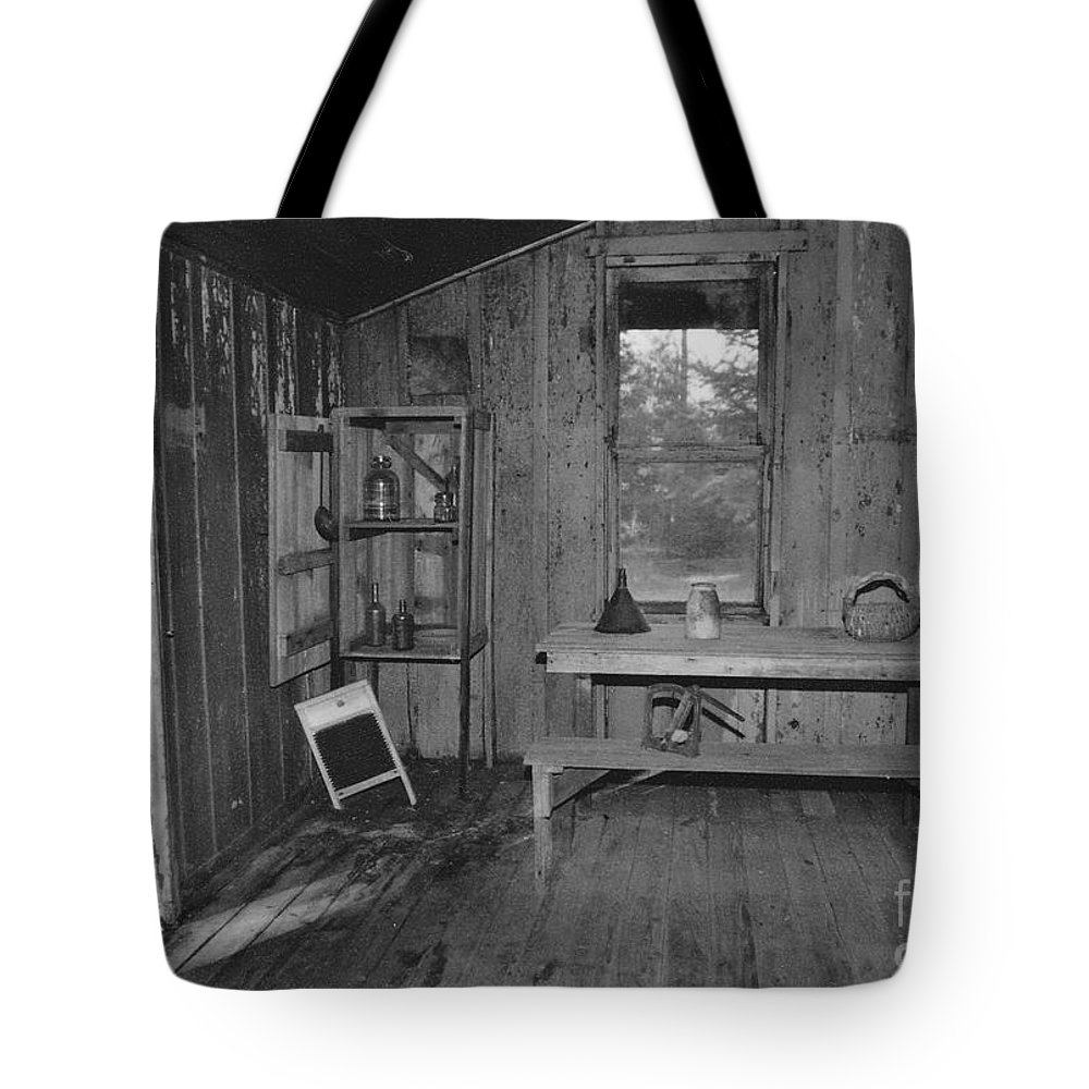 Black And White Tote Bag featuring the photograph Shack House by Michelle Powell