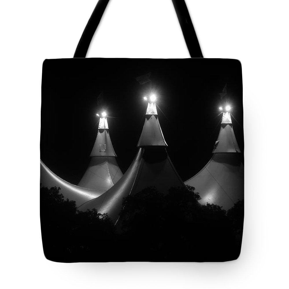 Tent Tote Bag featuring the photograph Shadow And Light by David Lee Thompson