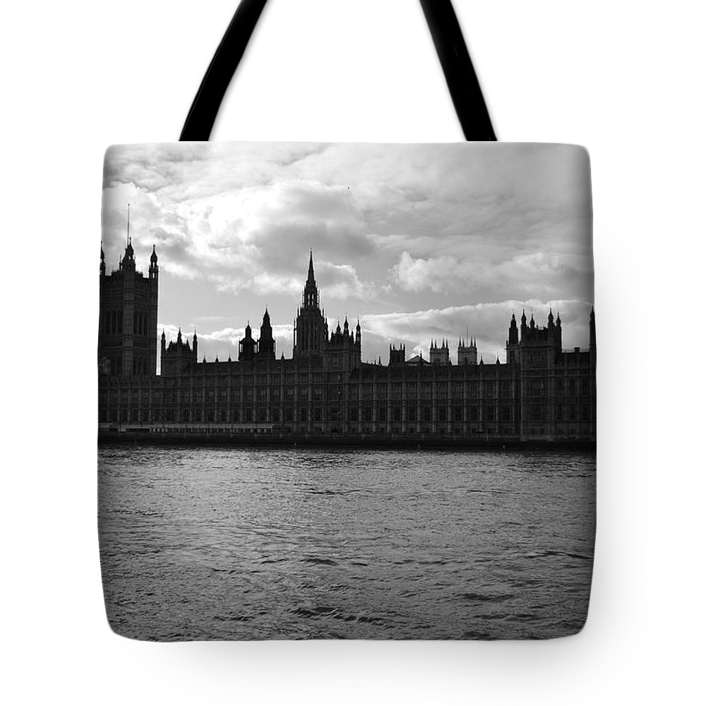 London Tote Bag featuring the photograph Shadows Of Parliament by J Todd