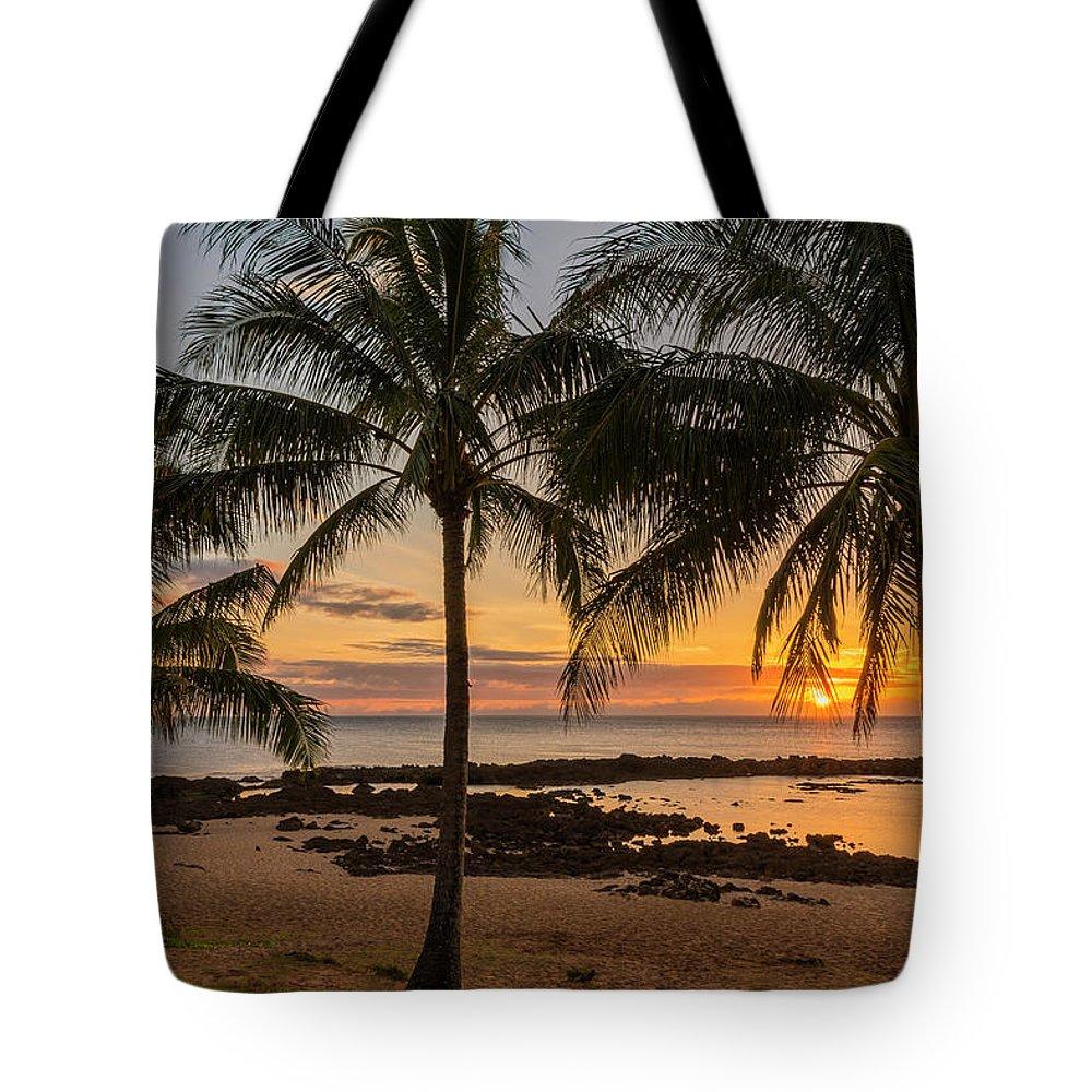 Oahu Hawaii Tote Bags