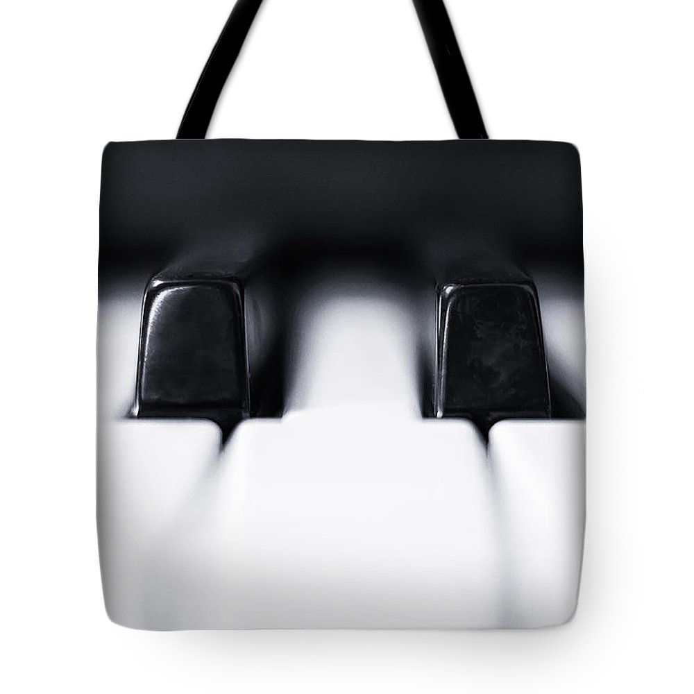 Piano Tote Bag featuring the photograph Sharp Or Flat by Scott Norris
