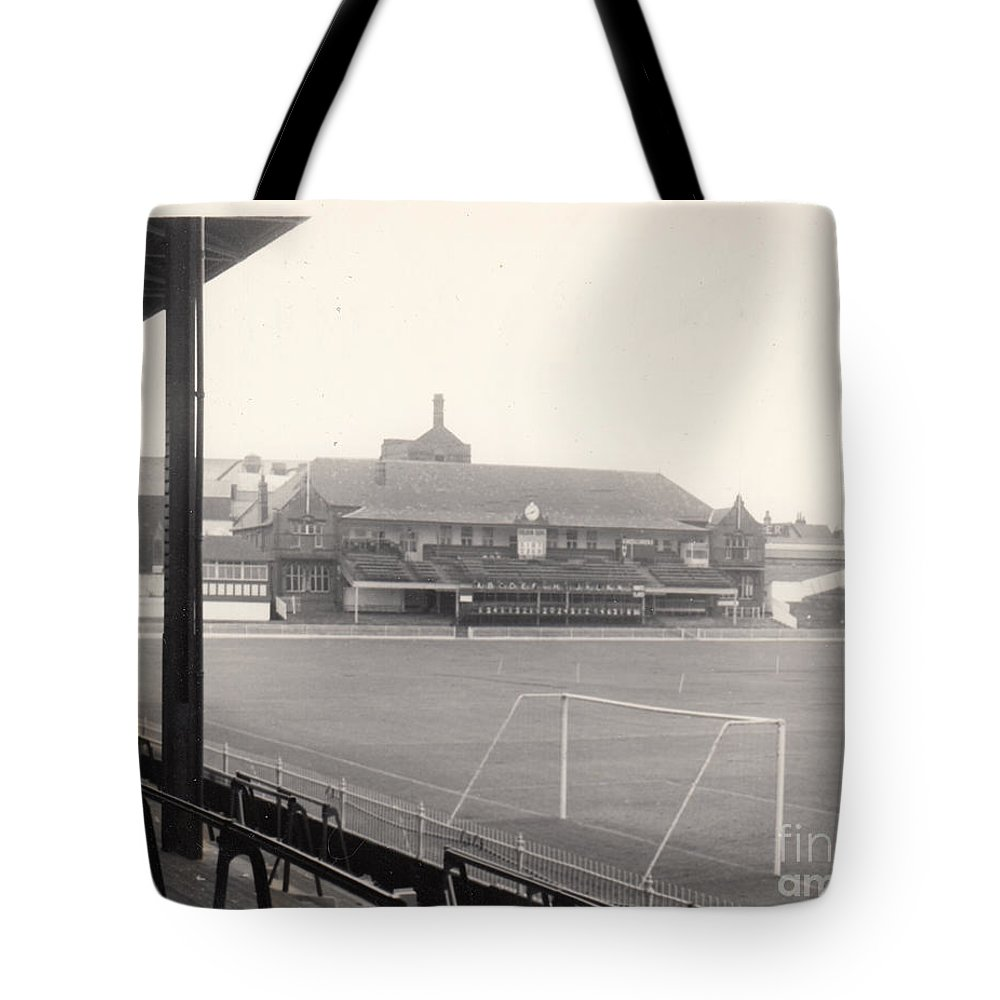Tote Bag featuring the photograph Sheffield United - Bramall Lane - Cricket Pavilion 1 - Bw - 1960s by Legendary Football Grounds