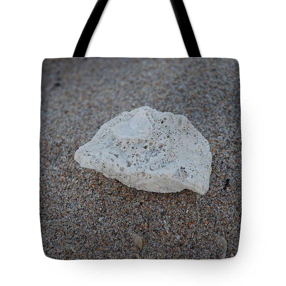 Shells Tote Bag featuring the photograph Shell And Sand by Rob Hans