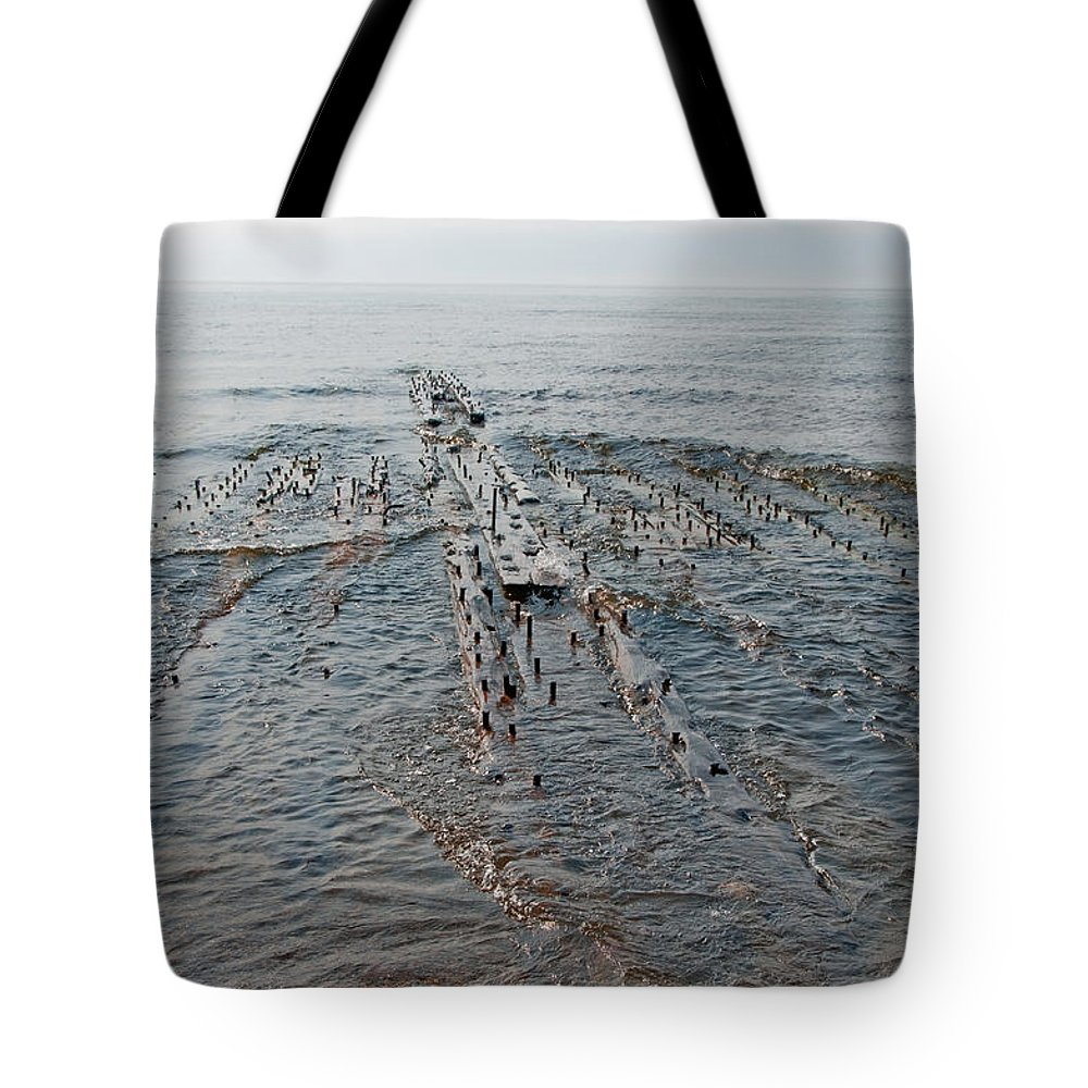 Shipwreck Tote Bag featuring the photograph Shipwreck by David Arment