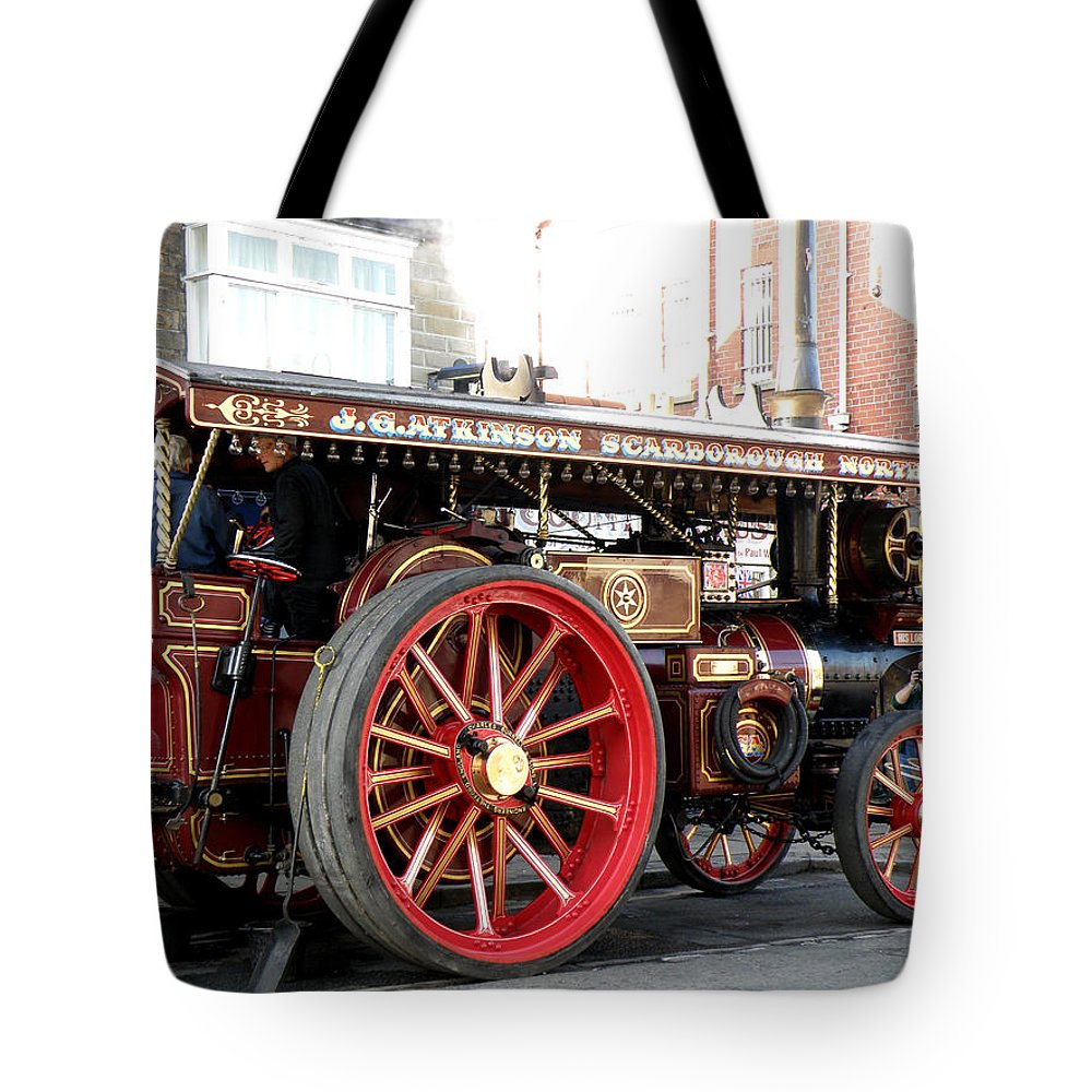 Showmans Tote Bag featuring the photograph Showmans Engine by Ted Denyer