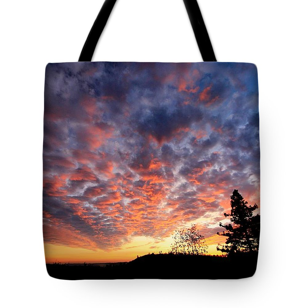 Sierra Tote Bag featuring the photograph Sierra Skygasm Wide Angle by Sean Sarsfield