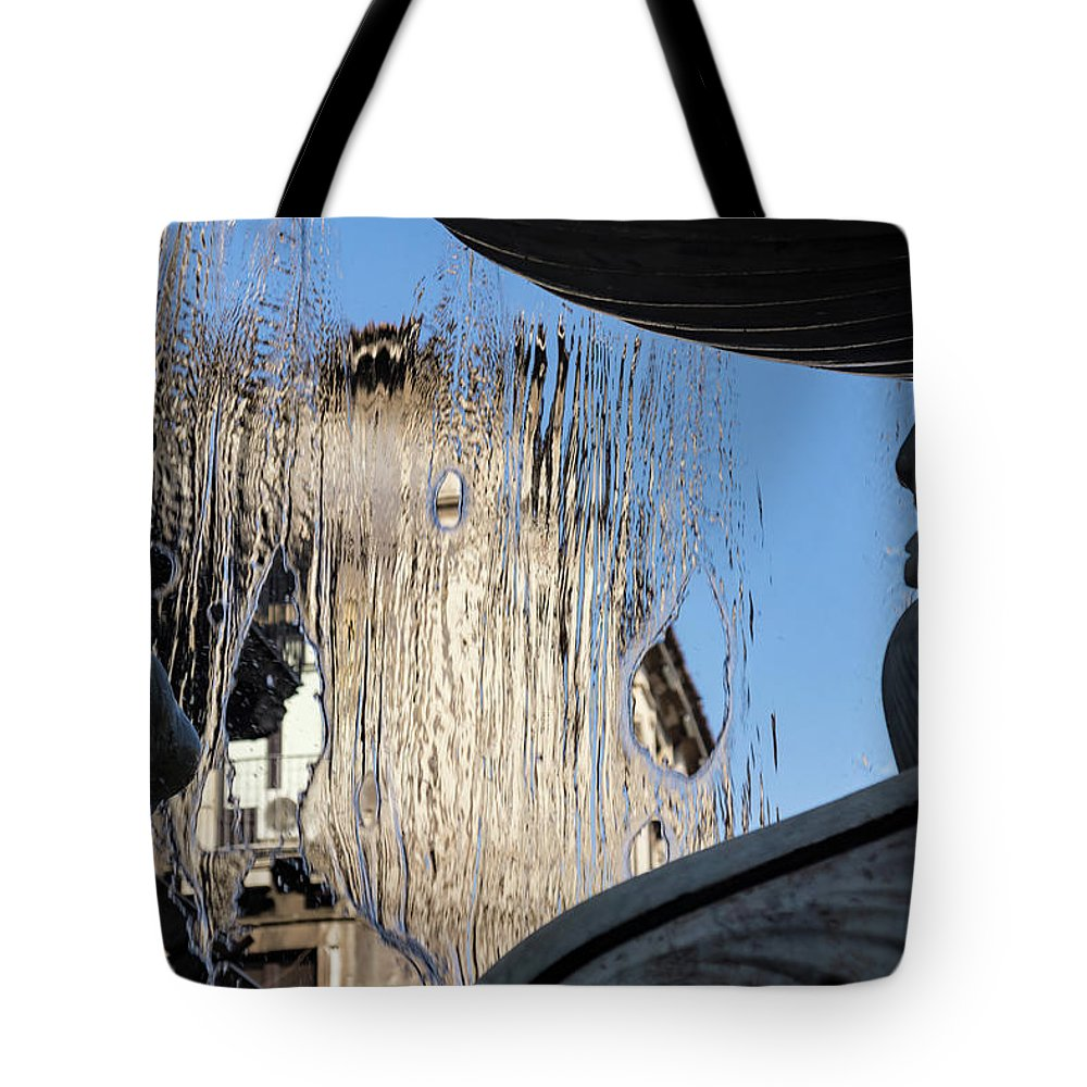Georgia Mizuleva Tote Bag featuring the photograph Silken Fountain Curtain - by Georgia Mizuleva