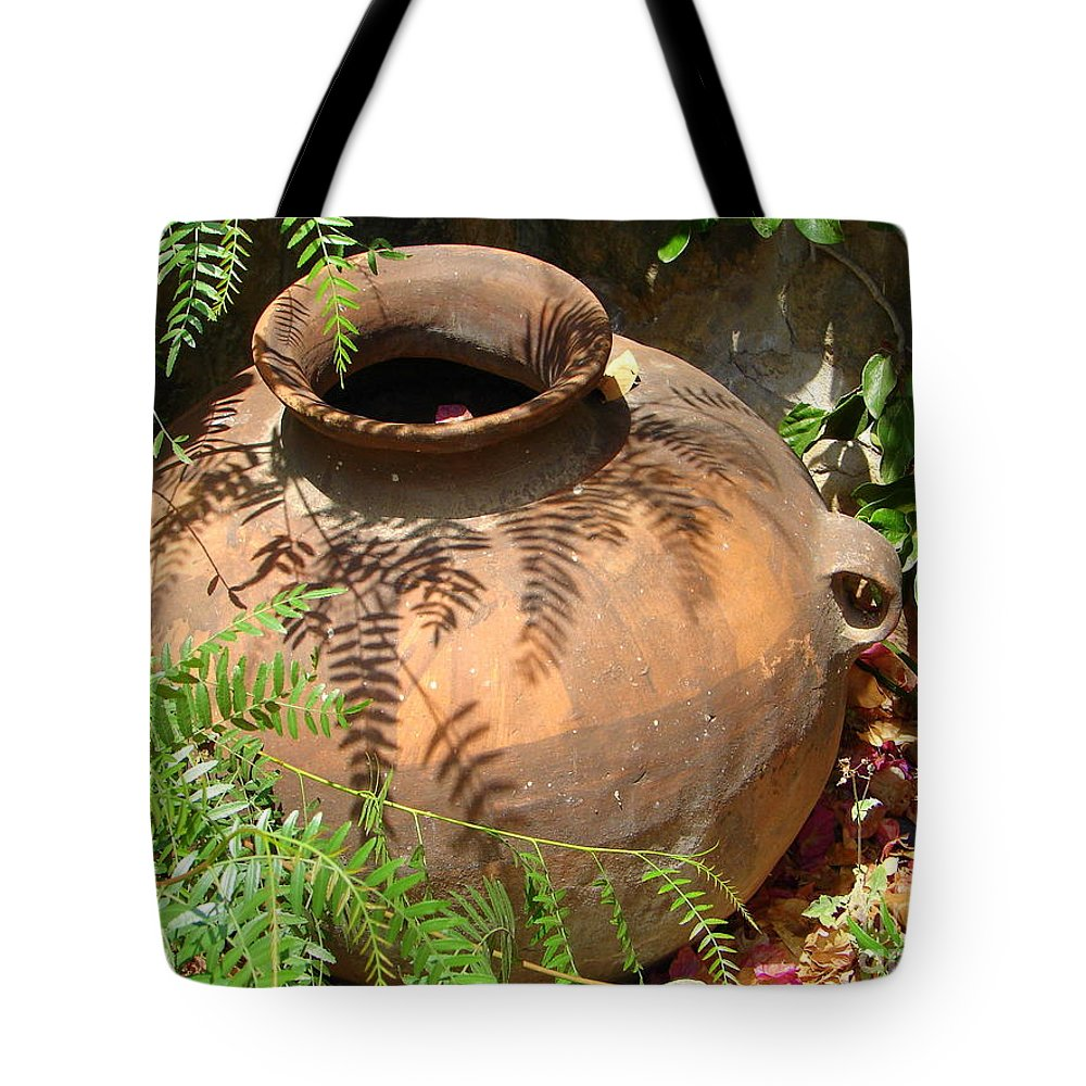 Pot Tote Bag featuring the photograph Simple Beauty by Lew Davis