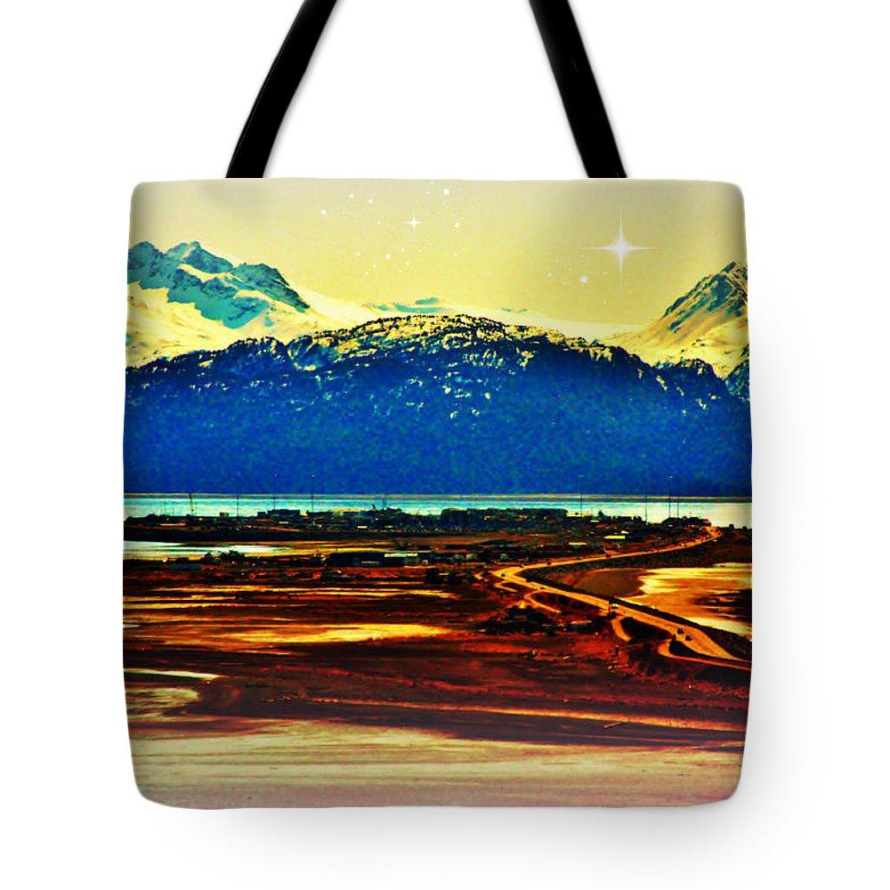 Homer Alaska Tote Bag featuring the photograph Simply Divine by Lori Mahaffey