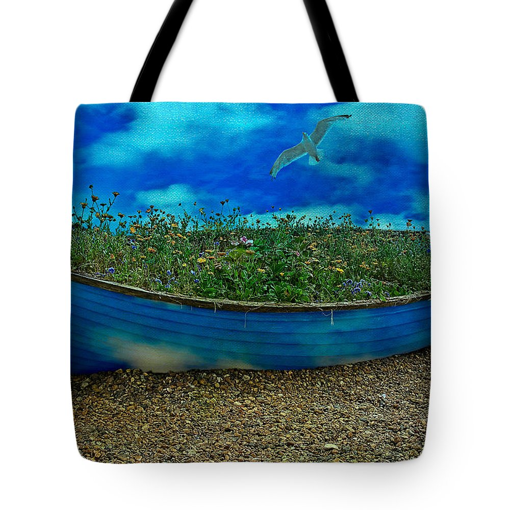Sky Tote Bag featuring the photograph Skyboat by Chris Lord