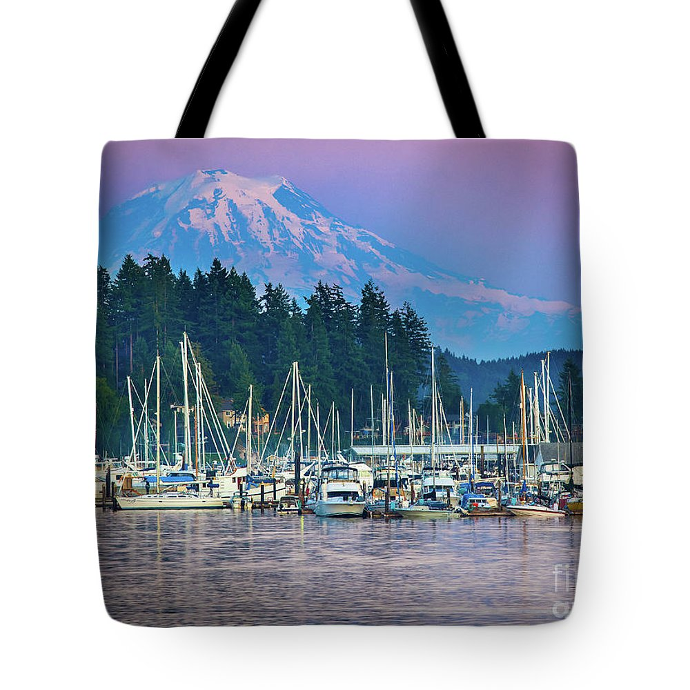 America Tote Bag featuring the photograph Sleeping Giant by Inge Johnsson