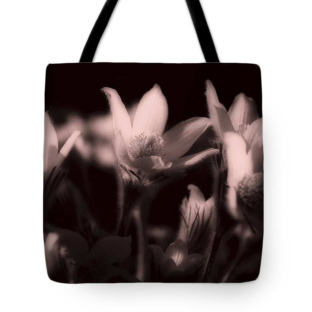 Flowers Tote Bag featuring the photograph Sleepy Flowers 2 by Marilyn Hunt