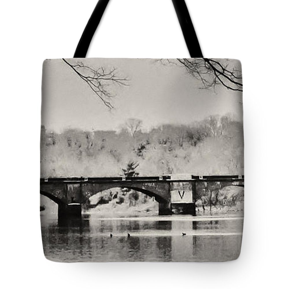 Philadelphia Tote Bag featuring the photograph Snow On The River by Bill Cannon