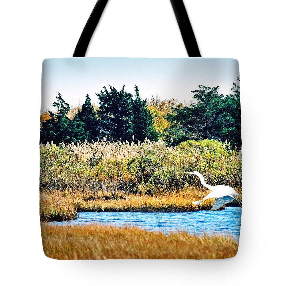 Landscape Tote Bag featuring the photograph Snowy Egret-island Beach State Park N.j. by Steve Karol