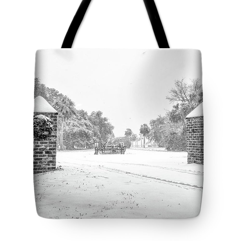 Chisolm Tote Bag featuring the photograph Snowy Gates Of Chisolm Island by Scott Hansen